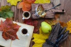 Todavía vida de dos tazas de café Foto de archivo libre de regalías