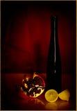 Todavía vida de la botella y de frutas en el papel viejo rojo Fotos de archivo libres de regalías