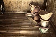 Todavía vida de la cocina tailandesa: Vieja moda del norte del utensilio de la cocina Imágenes de archivo libres de regalías