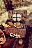 Todavía vida de la comida campestre del otoño Imagen de archivo