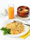 Todavía vida de la comida con la sopa en pote y arroz Imágenes de archivo libres de regalías