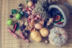 Todavía vida de la comida y de la verdura Foto de archivo libre de regalías