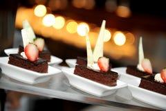 Todavía vida de la torta de chocolate imagen de archivo libre de regalías