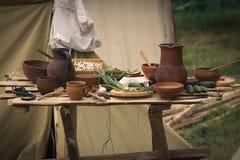 Todavía vida de los potes de arcilla antiguos Foto de archivo