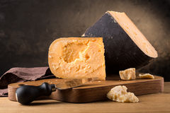 Todavía vida del queso Fotografía de archivo libre de regalías