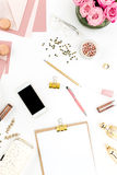 Todavía vida de la mujer de la moda, objetos en blanco Foto de archivo libre de regalías