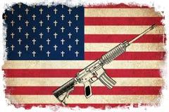 Todesflagge von USA mit Gewehren Stockbild