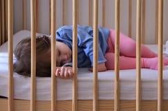 Todler pacificamente di sonno Fotografie Stock Libere da Diritti