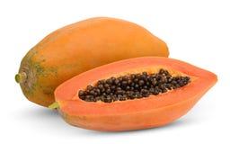 Todo e meia papaia madura isolados no branco fotografia de stock