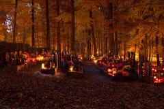 Todo el día de almas en el cementerio Foto de archivo libre de regalías