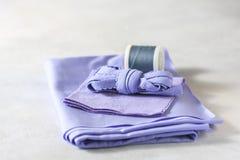 Todo para coser Tela beige, accesorios de costura Fotos de archivo libres de regalías
