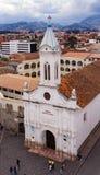 Todos桑托斯教会鸟瞰图在昆卡省,厄瓜多尔 免版税库存图片