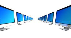 Todos en los ordenadores uno en fila que simbolizan a un equipo Imágenes de archivo libres de regalías