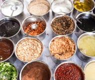 Todos os tipos das especiarias e dos ingredientes Fotografia de Stock Royalty Free