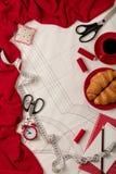 Todos para coser - tela, modelos y accesorios de costura Fashio Foto de archivo