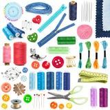 Toebehoren en hulpmiddelen om te naaien Stock Foto