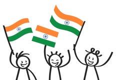 Toejuichend cijfers van de trio de gelukkige stok met Indische nationale vlaggen, glimlachend de verdedigers van India, sportenve vector illustratie