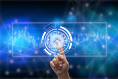 Toekomst van het concept van het technologienetwerk, het wereldwijde netwerksymbool van de Zakenmanholding en grafische interface Royalty-vrije Stock Afbeelding
