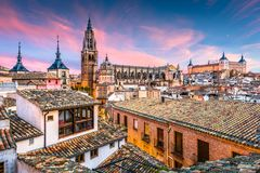 Toeldo Spanien på gryning royaltyfri bild