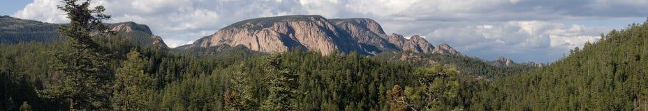 Toenemend panorama 2 van de borstwering Stock Afbeelding
