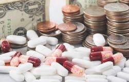 Toenemende kosten van gezondheidszorg Stock Foto's
