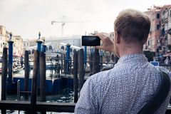 Toerist aan Venetië die Beelden nemen Royalty-vrije Stock Afbeeldingen
