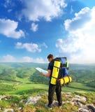 Toerist in berg royalty-vrije stock fotografie