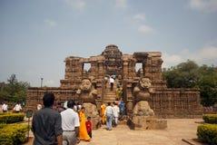 Toerist bij Zontempel, Konarak, India Stock Fotografie