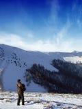 Toerist in de bergen Stock Afbeelding