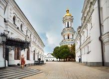 Toerist in Kiev Pechersk Lavra stock foto
