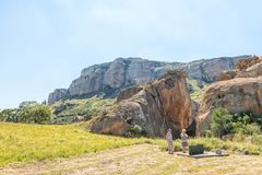 Toeristen bij de historische plaats van Retiefklip in de Vrije Staat Royalty-vrije Stock Afbeeldingen