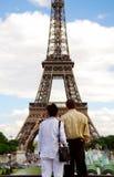 Toeristen bij de toren van Eiffel royalty-vrije stock foto