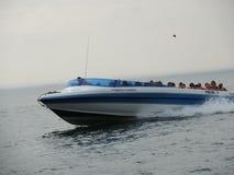 Toeristen in boot in Paracas, Peru Stock Foto's