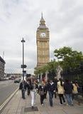 Toeristen in de Big Ben Stock Afbeelding