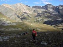 Toeristen in de Kaukasus Stock Afbeeldingen