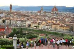 Toeristen in de stad van Florence, Italië stock afbeeldingen