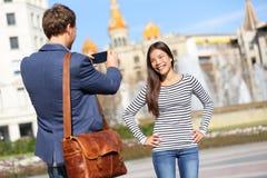 Toeristen die beeld op reis in Barcelona nemen Stock Fotografie