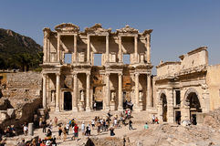 Toeristen in Ephesus - Turkije Stock Fotografie
