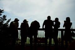 Toeristen in Lijn Royalty-vrije Stock Afbeeldingen