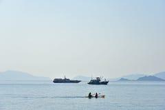 Toeristen op de kano Stock Foto