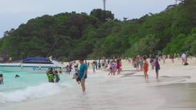 Toeristen in Similans stock footage