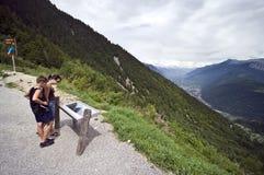 Toeristen in Zwitserland Stock Afbeeldingen