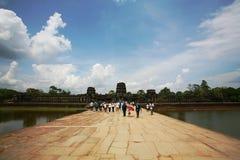 toeristenbezoek Angkor Wat, Kambodja Royalty-vrije Stock Fotografie
