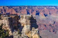 Toeristenbezoek Grand Canyon Royalty-vrije Stock Afbeeldingen