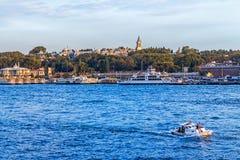 Toeristenboten in Istanboel Royalty-vrije Stock Foto
