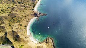 Toeristenboten op Padar-eiland worden geparkeerd dat Royalty-vrije Stock Foto