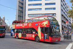 Toeristenbus in Barcelona, Spanje Stock Afbeelding