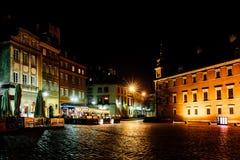 Toeristengebied van de oude stad in nacht Warshawa Stock Fotografie