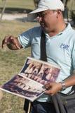 Toeristengids die aan toeristen in Tulum, Mexico spreken royalty-vrije stock afbeelding