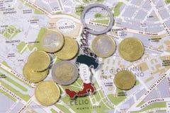 Toeristengift met geld en de kaart van Rome Stock Fotografie